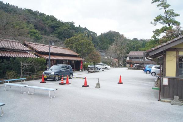 石見銀山下駐車場